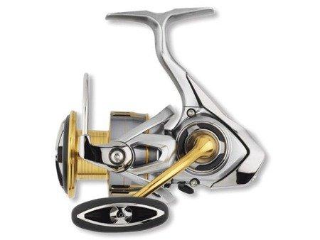 Kołowrotek spinningowy Daiwa FREAMS LT 2500S-XH